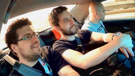 3 ludzi kontra E3. Kulisy kręcenia relacji